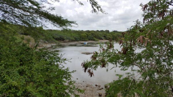 Hermosa vista de la bahía donde desemboca el río Bajabonico.